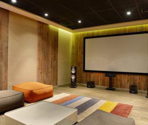 Une salle de cinéma dans mon sous-sol?